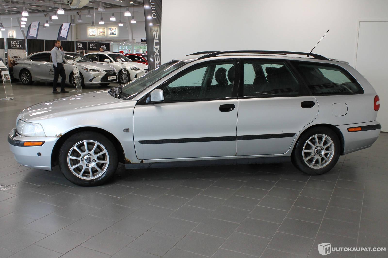 Volvo 5d V40 Wagon 2 0 Turbo Automatic 2000 2 0 L Bensiini 263 Km