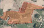 Myydään kolmesta eri kiinteistöstä koostuva 47,82 hehtaarin hevostila Vihdissä, Vihti