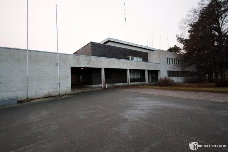 Huutokaupat.com - Entinen Satamaviraston rakennus, Pori
